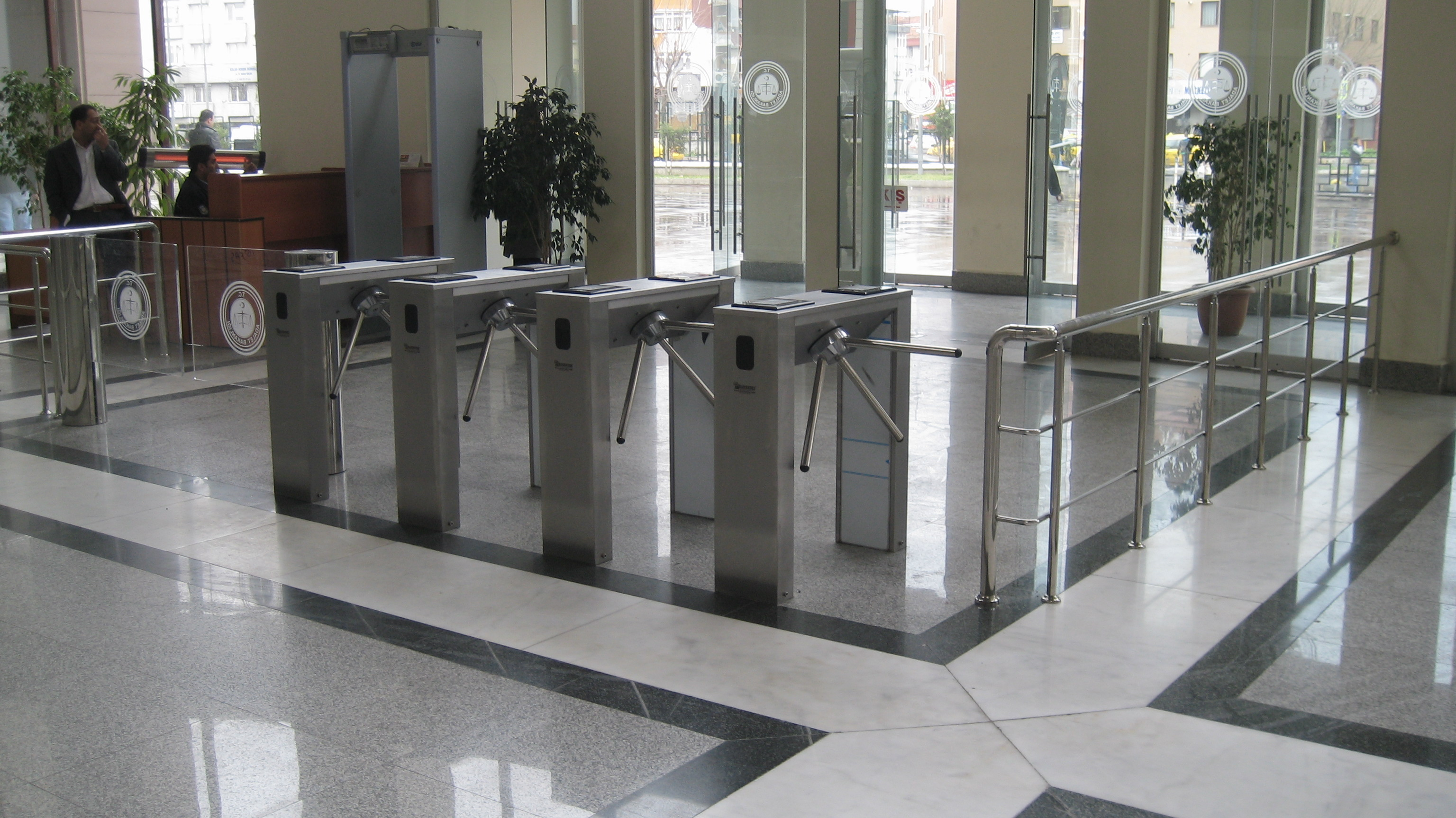 turnike sistemi nedir, turnike sistemlerinin kullanım alanları, turnike sistemi nerelerde kullanılır